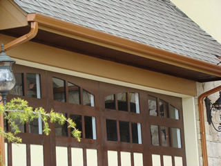 Copper metallic guttering and downspouts